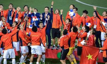Sun Group - Chủ đầu tư khu đô thị sinh thái Hoà Xuân Đà Nẵng tặng kỳ nghỉ dưỡng cao cấp cho đội tuyển SEA Games bóng đá nam và nữ